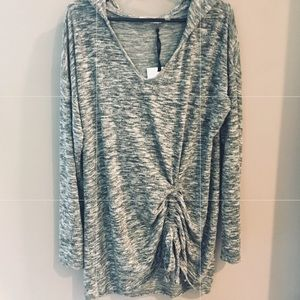 BNWT, 89th + Madison, Oversized Hooded Top!